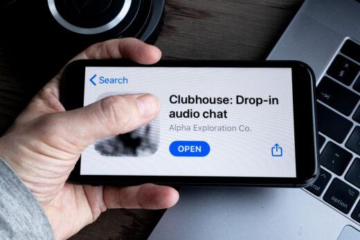 Clubhouse, le nouveau réseau social tendance, par Flexvisio